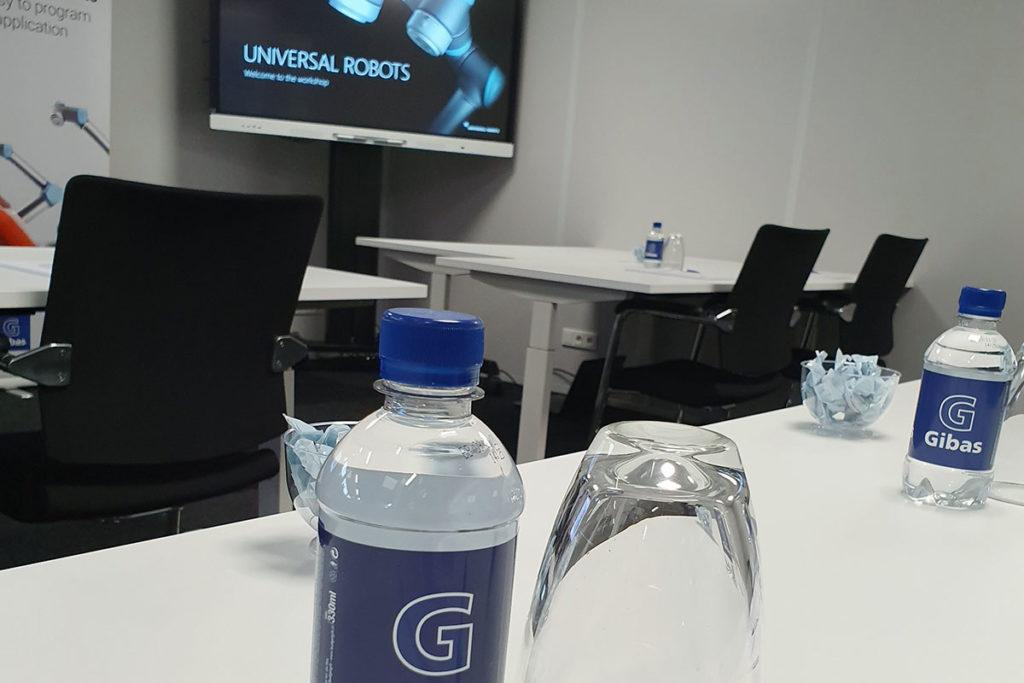 Training Universal Robots bij Gibas