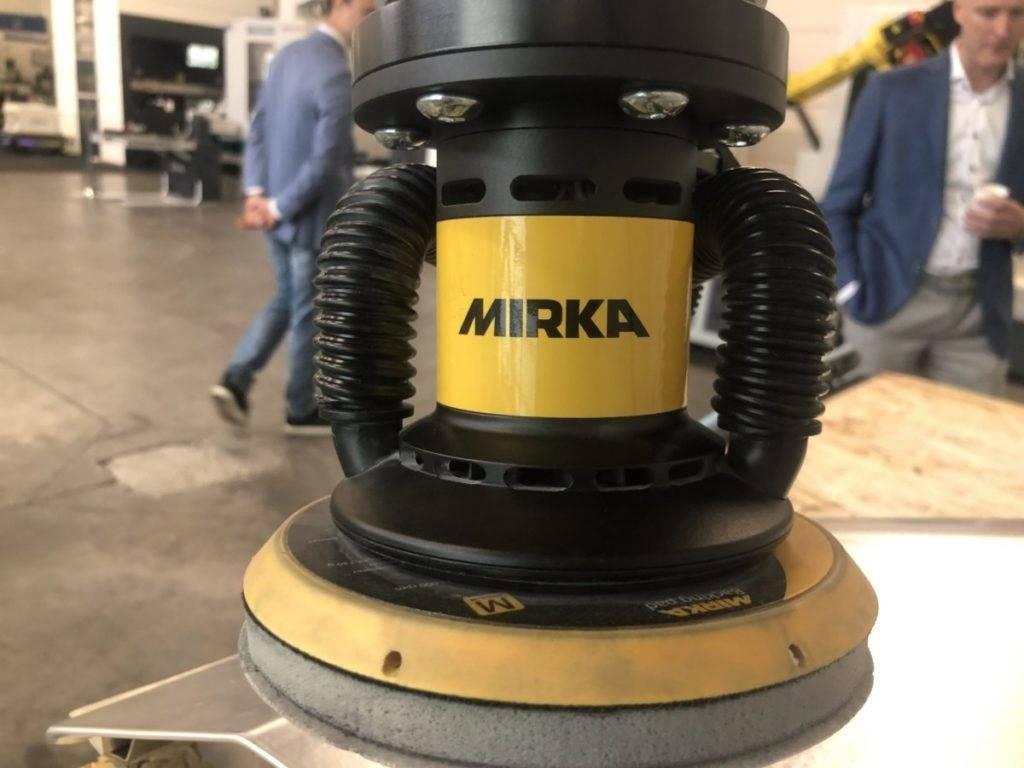 Mirka applicatie voor oppervlaktebehandeling